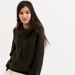 NWT FREE PEOPLE Brown Echo Beach Sweater